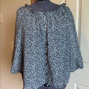 H&M pleated neckline flowy blouse